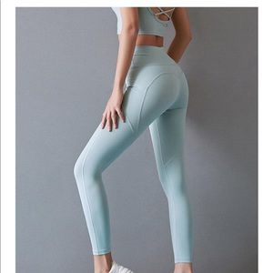 Astoria luxe max support full length legging